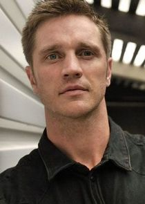 In Nikita as Owen Elliot