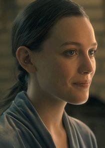 In The Haunting of Hill House as Eleanor